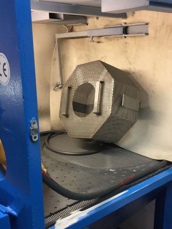sabbiatura metalli cestello rotante